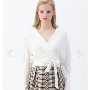 Zara long sleeves tied top